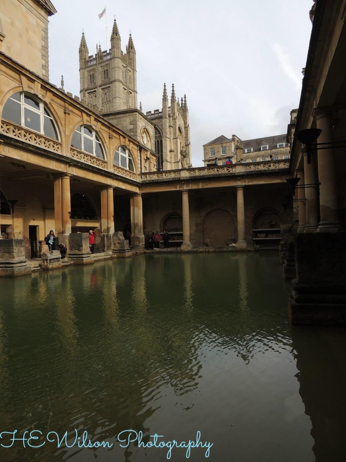 Roman baths & Bath Abbey, Somerset